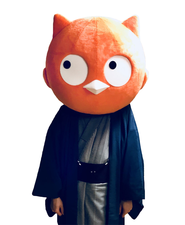オレンジ色のフクロウ(仮)